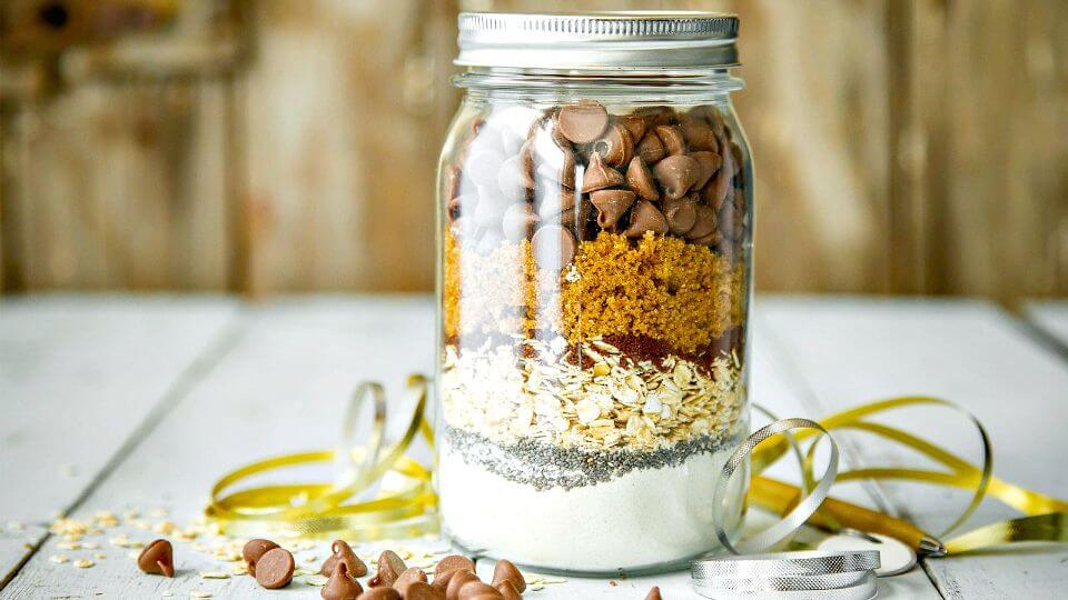 Adorable Mason Jar Cookie Mix Recipe