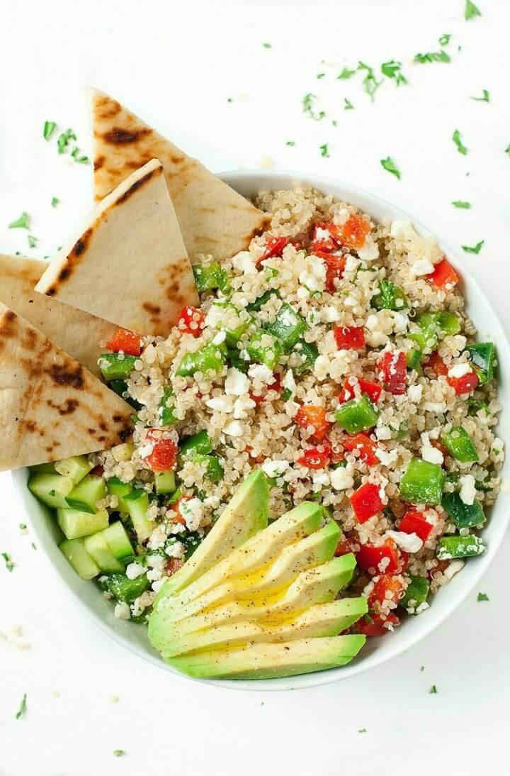 How to Make Greek Quinoa Bowls
