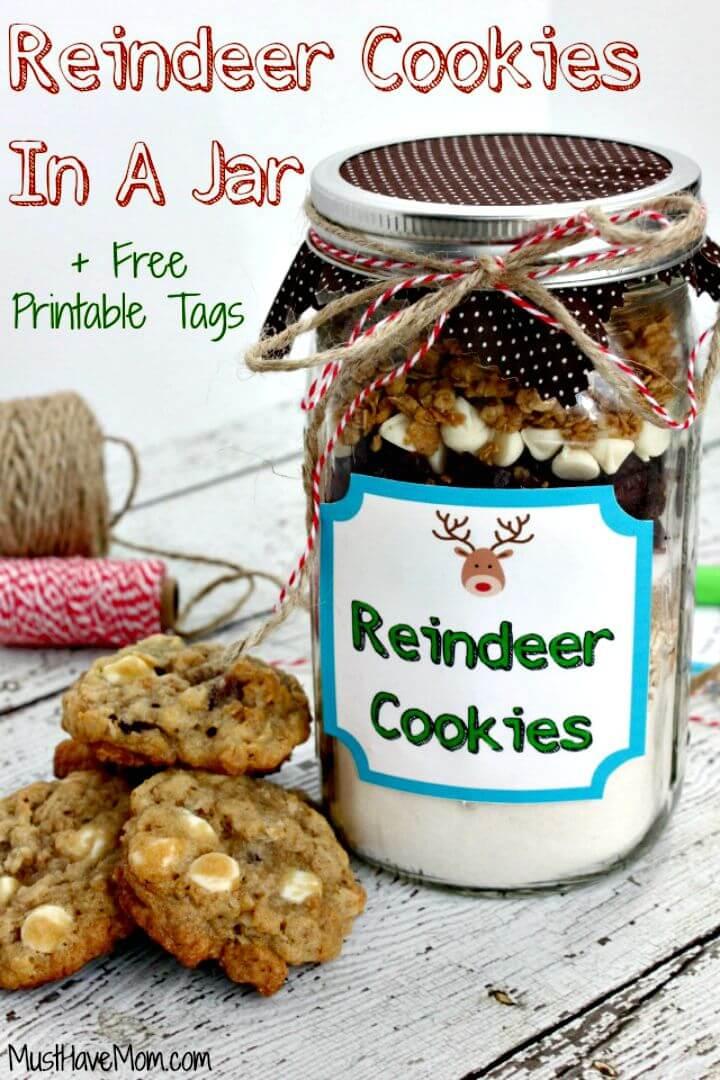 Quick Reindeer Cookies In A Jar Recipe